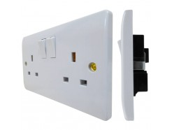 13A 2 Gang Switched Socket DP