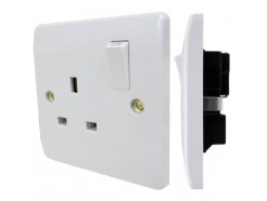 13A 1 Gang Switched Socket DP