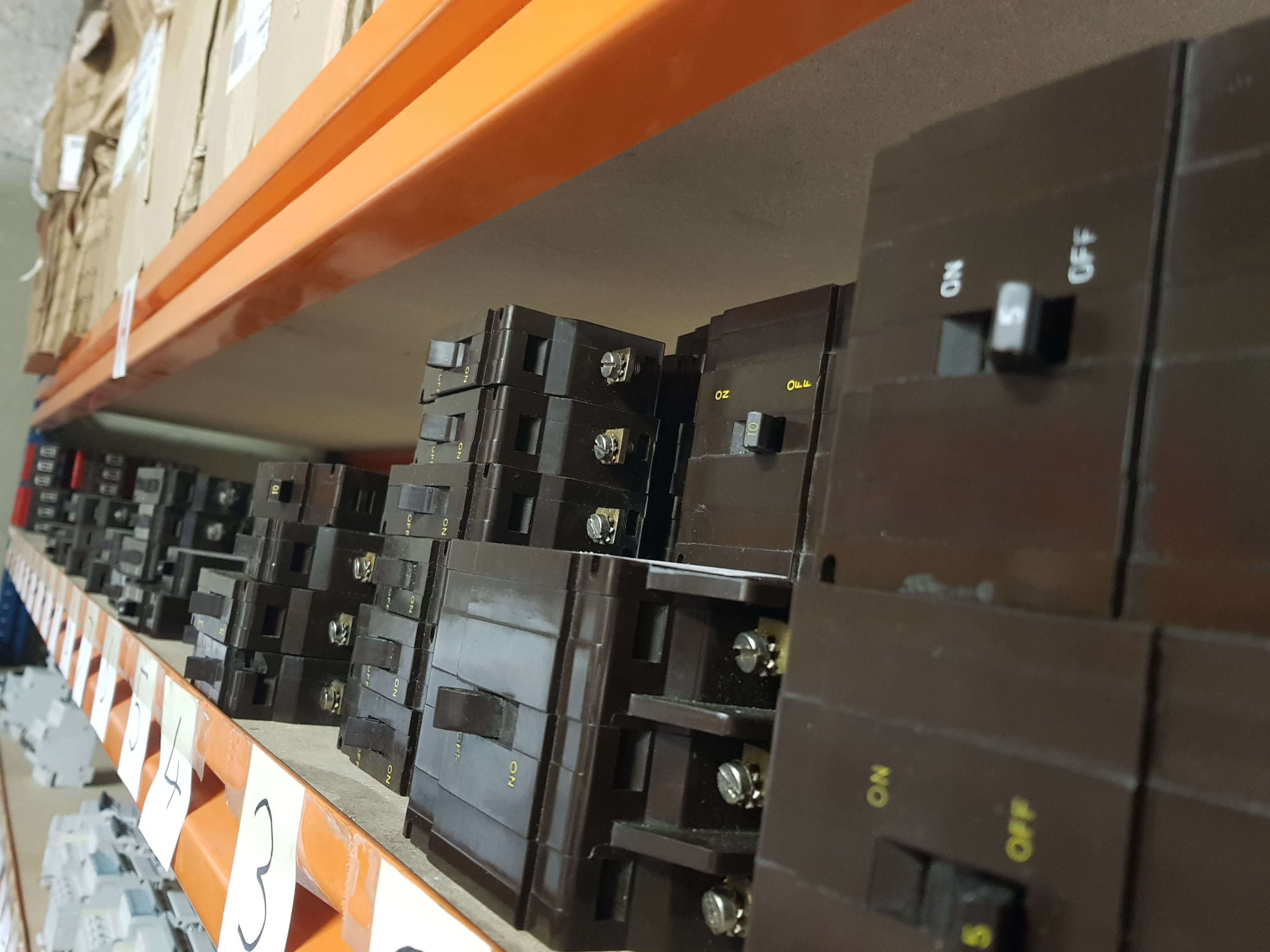 Obsolete and discontinued circuit breakers A1electrics Ballymena Northern Ireland